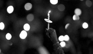 深切悼念抗击新冠肺炎疫情斗争牺牲烈士和逝世同胞,为了更好地前行